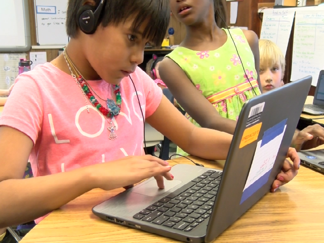 © Canyon Lake Elementary student working on a computer during class. Sept. 8, 2017