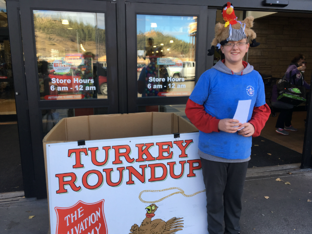 © Organizers collect turkeys for people in need during the Turkey Round- Up, Nov. 18,2017